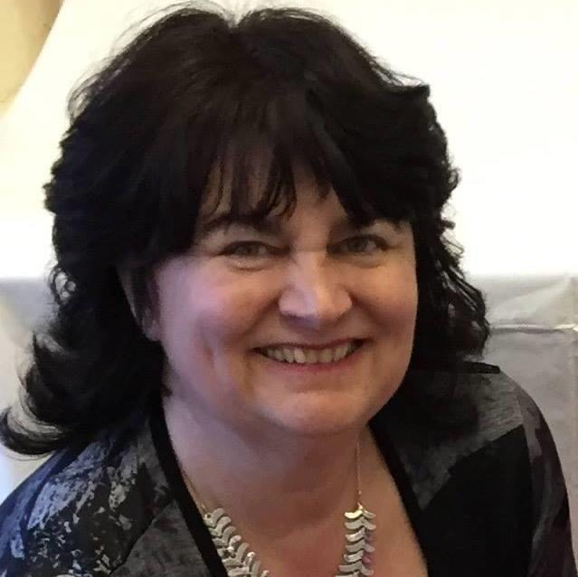 Julie MacNaughton