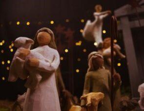 Christmas 4: The shepherds see Jesus