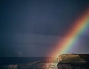 The rainbow that nearly wasn't - a story celebrating difference