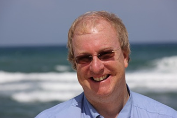 Gordon Giles